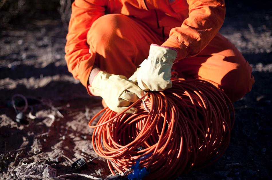 seismisch bodemonderzoek - kabels leggen